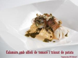 Calamars amb allioli de tomacó i trinxat de patata
