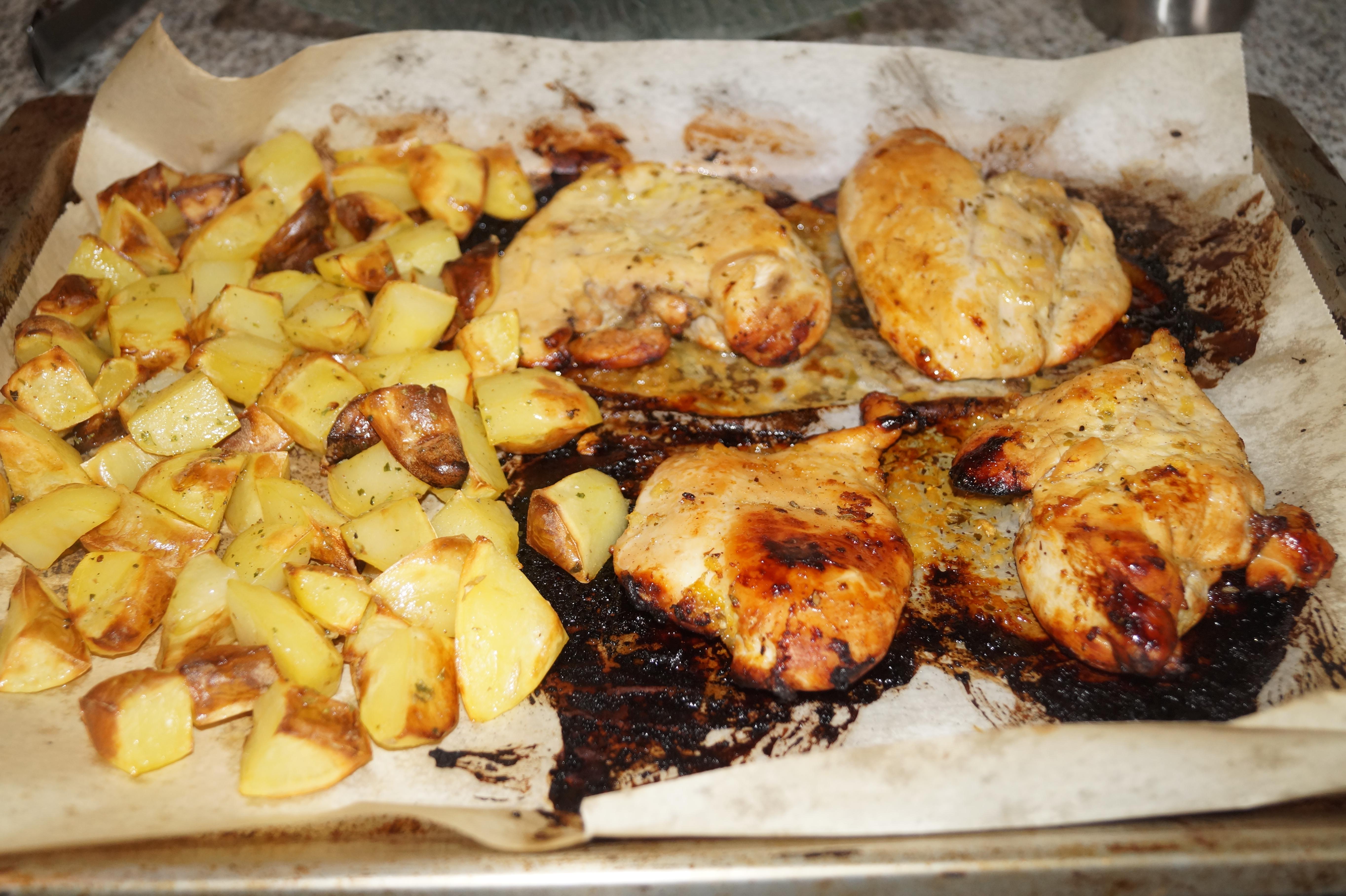 Pechugas de pollo con salsa de lim n miel y tomillo al - Pechugas de pollo al horno con patatas ...